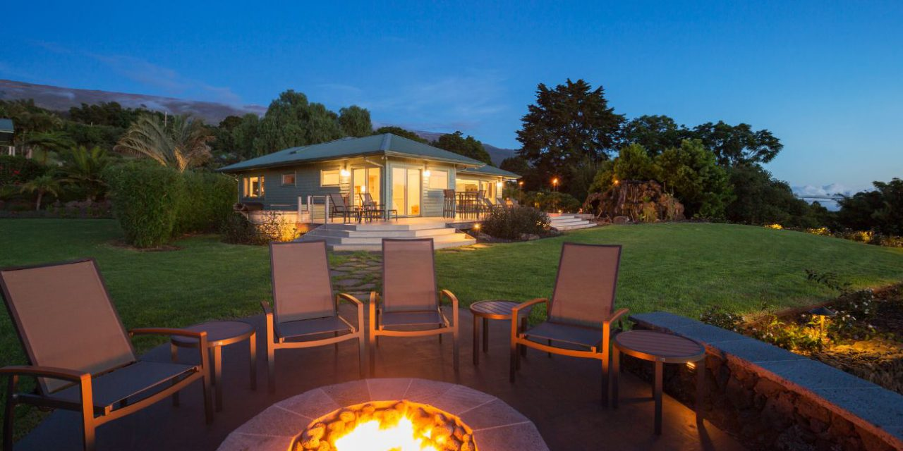WANT TO BUILD A FIRE PIT IN YOUR YARD? KEEP THESE TIPS IN MIND